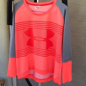 Under Armor sweater for Women (M)Kids (xxl)